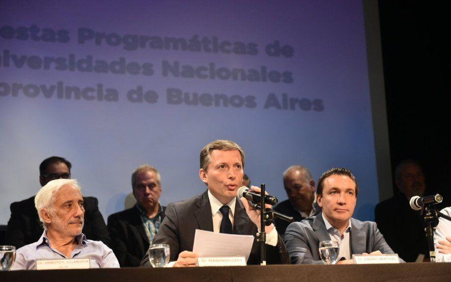 Los intendentes del PJ buscan sobresalir entre Vidal y Kicillof mientras esperan un candidato