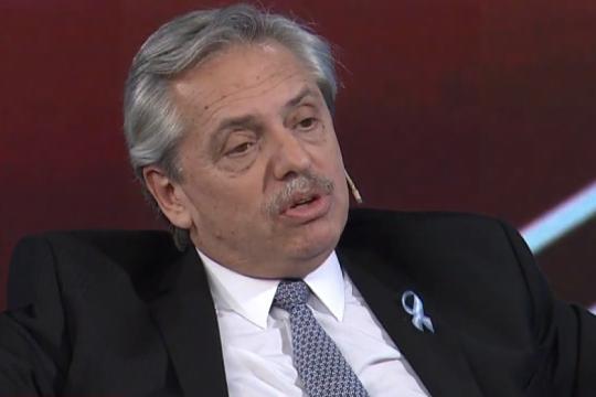 alberto fernandez se reunio con el fmi y critico que el gobierno utilizo el prestamo para financiar la fuga de capitales
