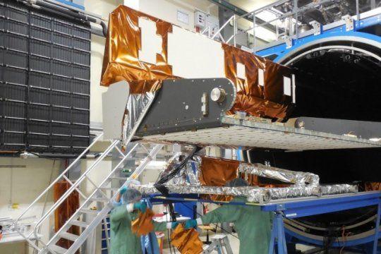 orgullo nacional: conoce a los platenses que construyeron el nuevo satelite saocom