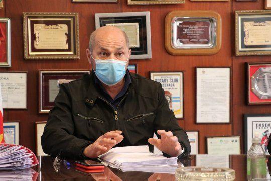 Mario Secco, intendente de Ensenada, contrajo coronavirus.