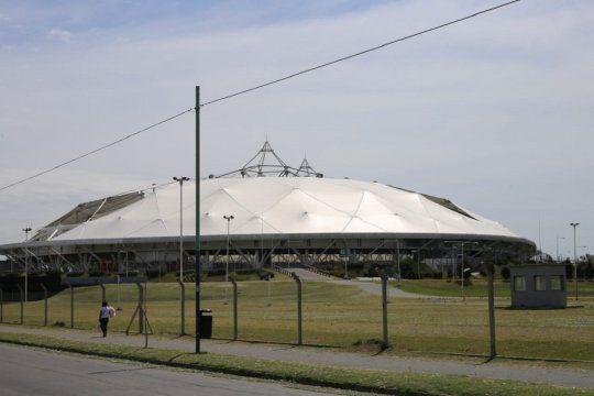 El Estadio Único fue sede de eventos de primer nivel internaiconal. Hoy sufre la falta de uso.