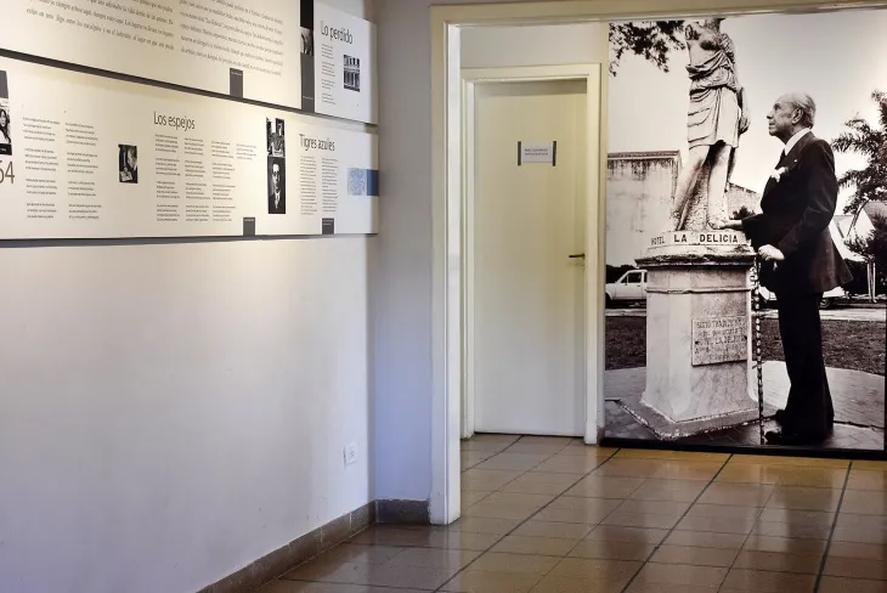 La casa de Borges en Adrogué, partido de Almirante Brown, alberga un pequeño museo.