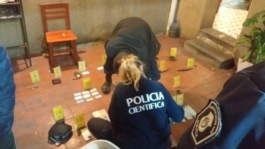 Falsos agentes de inteligencia simularon un allanamiento para robar a 24 chinos