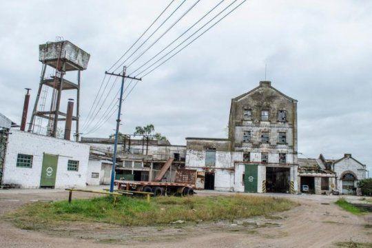 azul: recuperaron la fabrica en 2012 y ahora la crisis los empujo a un nuevo cierre