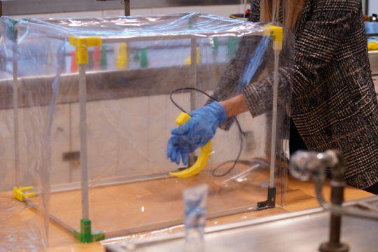 desarrollan en la untref un dispositivo que protege a medicos del contagio de covid-19