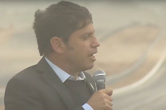Axel Kicillof fue castigado por el viento y el polvo en la inauguración de un tramo de la Autopista Presidente Perón