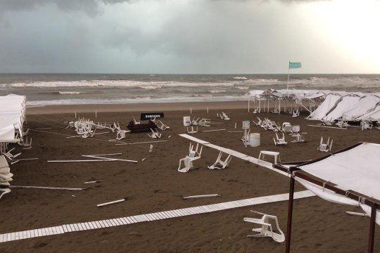 La tromba marina arrasó con varios balnearios de Pinamar