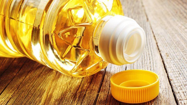 La Anmat prohibió la venta de varios aceites el último mes