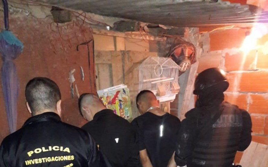 """Por el crimen de un jefe policial en Moreno cayeron dos adolescentes: """"Tamby"""" y """"Pocho"""""""