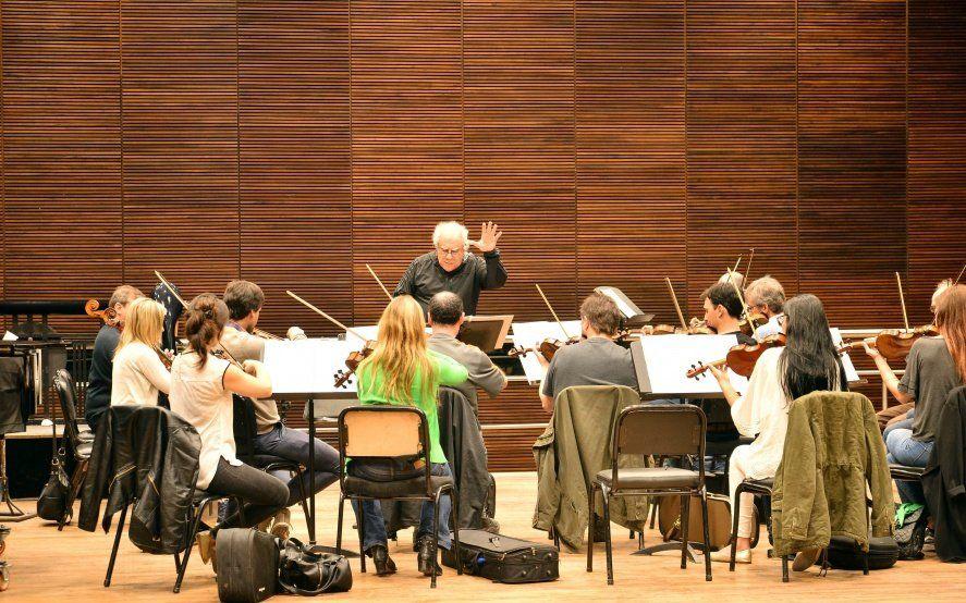 Con entrada gratuita, llega una nueva presentación de la Orquesta de Cámara en el Coliseo Podestá