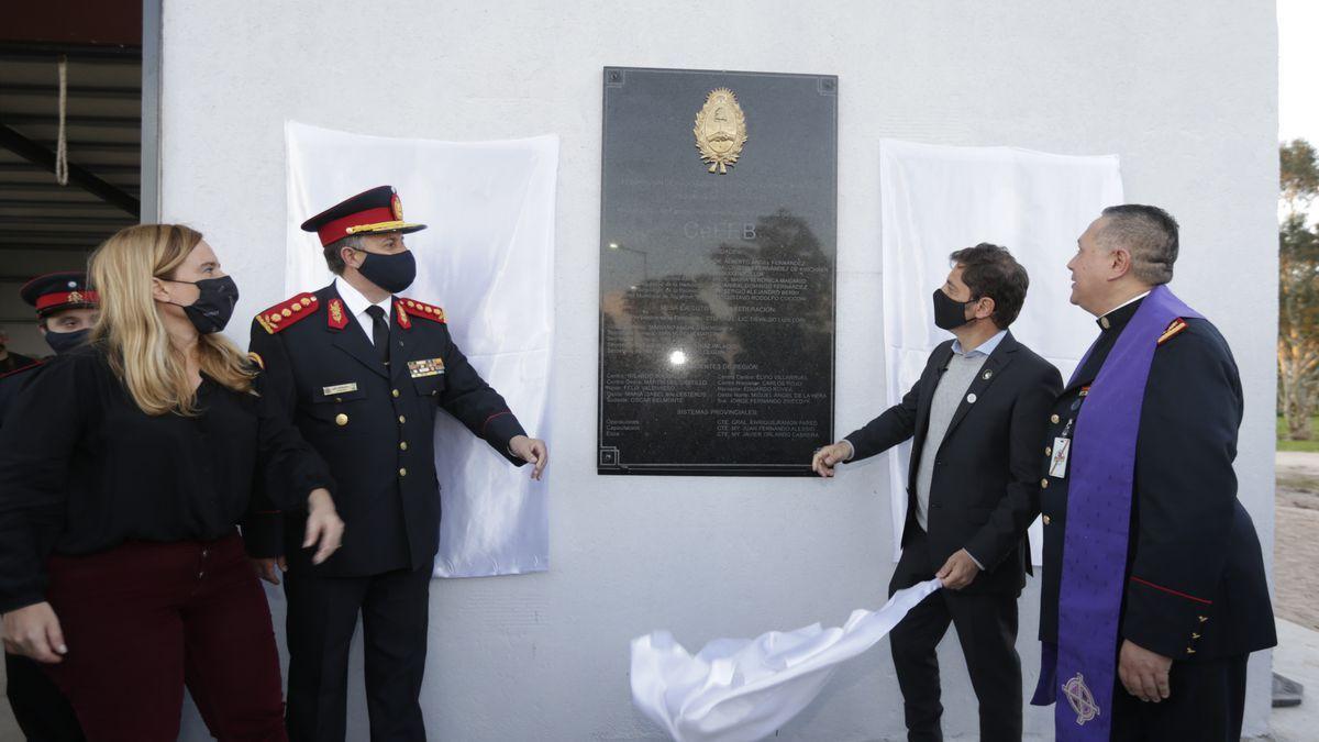 Axel Kicillof inauguró el primer centro de entrenamiento de bomberos voluntarios de la Provincia de Buenos Aires