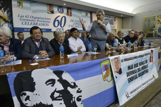 a lo ?momo? venegas: en sintonia con macri, las 62 organizaciones peronistas no adhieren al paro