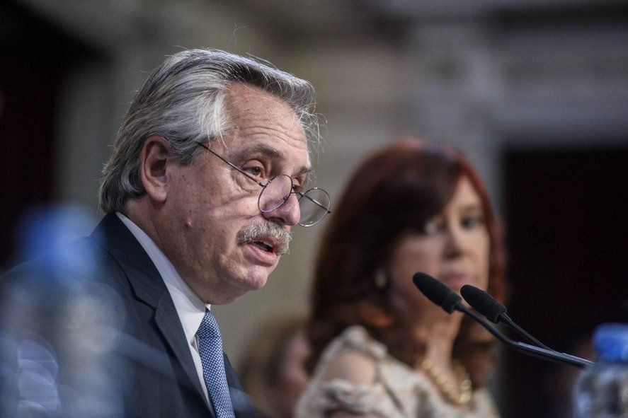 Alberto Fernández le apuntó a Macri y al FMI