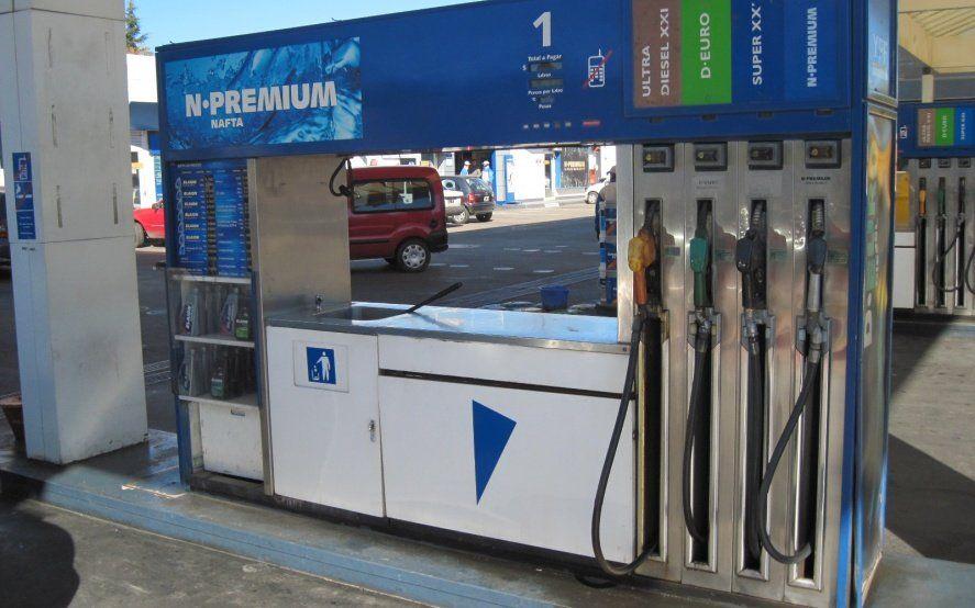 Siguen los aumentos: ahora YPF subió el precio de sus combustibles en un 1,6 por ciento