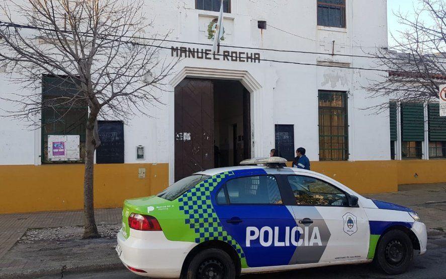 Dos casos en 24 horas: crece la indignación por otra escuela platense víctima del vandalismo