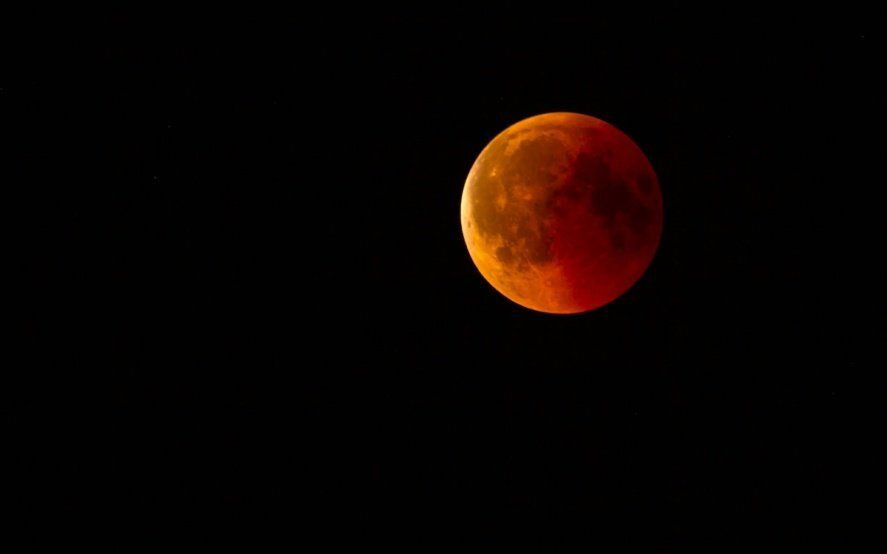 Cuenta regresiva para el eclipse solar total: ¿se podrá ver completo en La Plata?