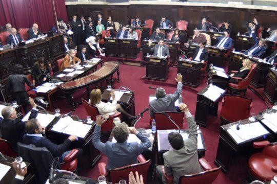 el senado aprobo la ley micaela para capacitar a los empleados del estado en tematicas de genero