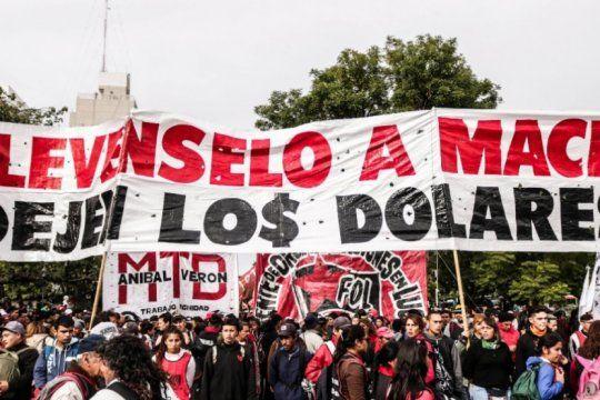 movimientos sociales de izquierda marcharan para exigir aumento urgente en los programas sociales