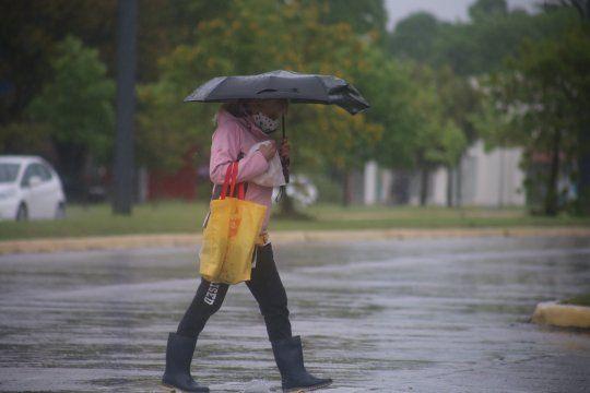 Rige un alerta meteorológico y dos avisos a corto plazo por tormentas