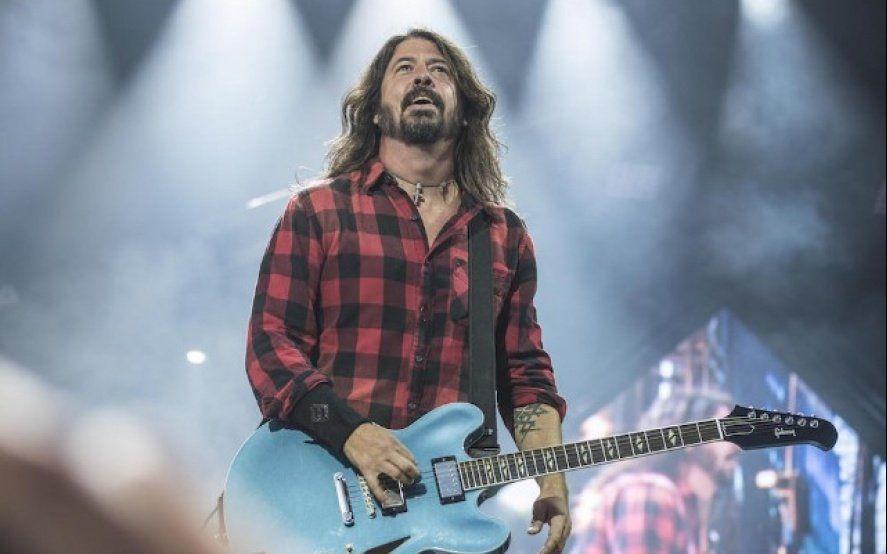 En el día de su cumpleaños número 51, descubrí porqué Dave Grohl se convirtió en el rockero más amado del planeta