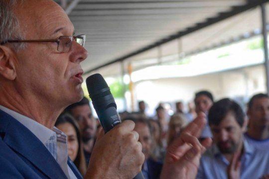 energico reclamo del sindicato de sanidad a gollan para que convoque a un comite de crisis en la provincia