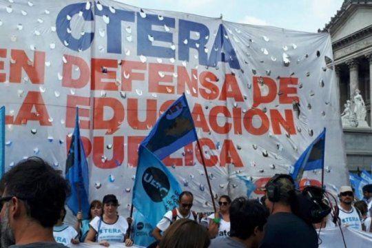 ley de solidaridad social: el gobierno no congelara aumentos jubilatorios a docentes