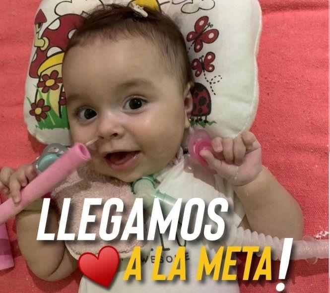 La publicación de Santi Maratea en donde celebra que consiguió el dinero y compraron el llamado medicamento más caro del mundo para la pequeña Emmita