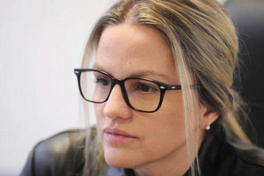 Carolina Píparo admitió haberle dado zapatillas y un celular a una de las víctimas