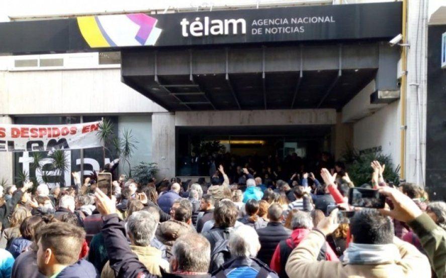 Télam: La justicia ordenó la reincorporación definitiva de 68 periodistas despedidos en 2018
