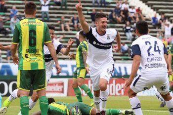 Gimnasia ganó 3-0 en su última visita a Mar del Plata.