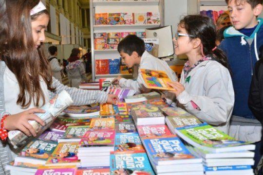 vacaciones de invierno en el pasaje dardo rocha: teatro, cine, talleres y feria del libro infantil