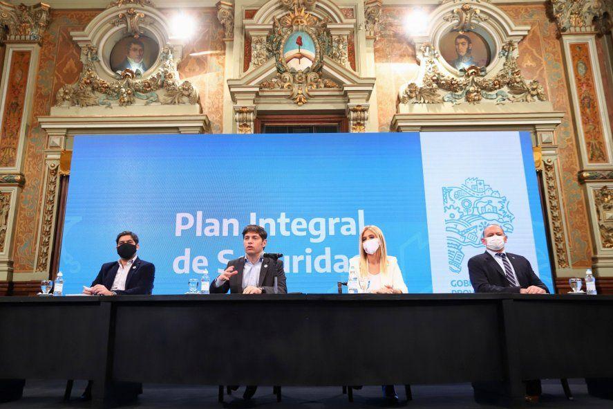 Kicillof anunció aumento a la Policía Bonaerense