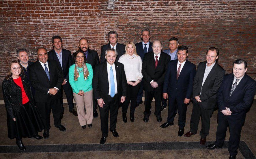 Alberto Fernández ya tiene la foto con los gobernadores peronistas de cara a las PASO