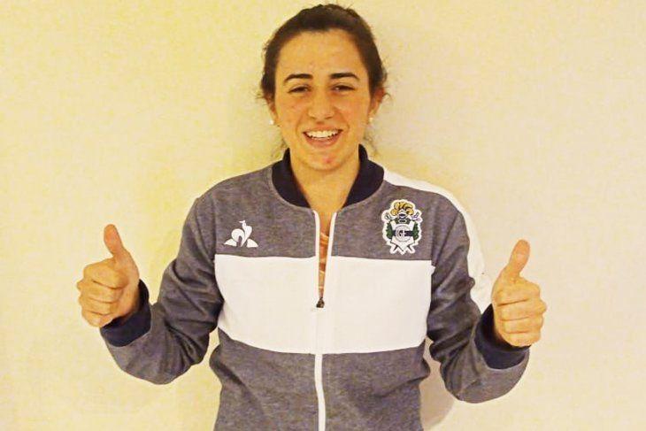 Camila Uzqueda deja el fútbol femenino de Gimnasia y jugará en Italia.