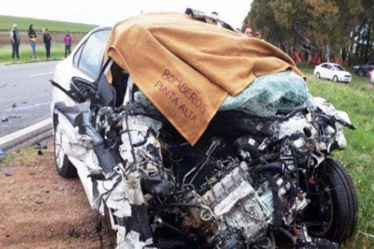 en un choque frontal en la ruta 3 murieron un anciano de 85 anos y una mujer de 69