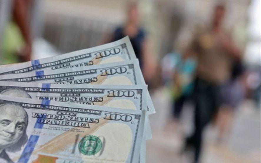 Alivio: Después de siete días, el dólar cede 34 centavos