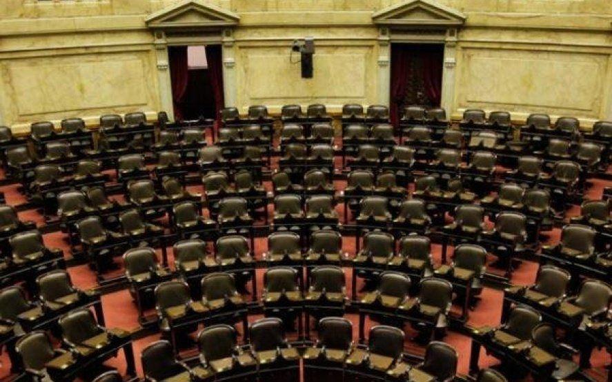 """El Congreso permanecerá cerrado hasta marzo porque """"no hay ningún tema de urgencia que lo amerite"""""""