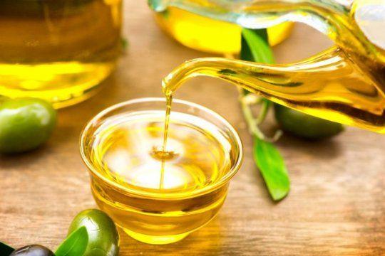 la anmat prohibio la venta de un aceite de oliva y una solucion fisiologica