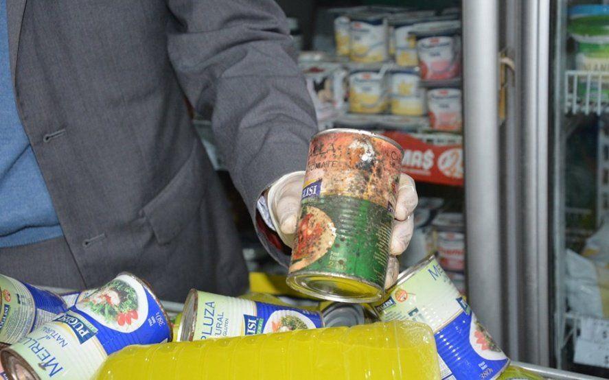 Clausuran un supermercado de Berisso que vendía 600 kilos de productos en mal estado