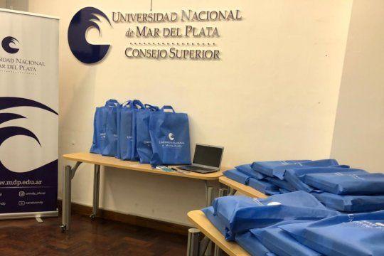 Comenzó la entrega de notebooks a los estudiantes de la UNMDP.