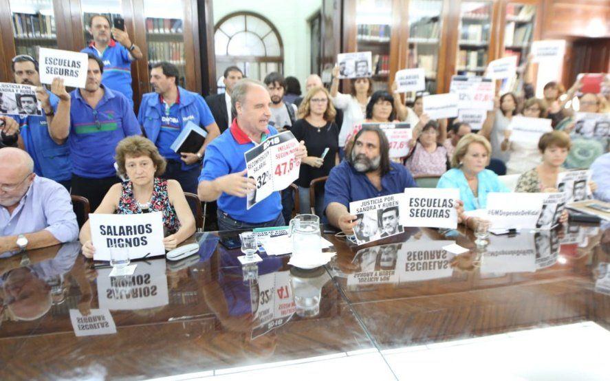Video: Así fue el duro cruce de un sindicalista al ministro Sánchez Zinny