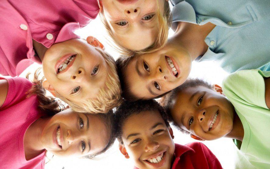 Día del Niño, la Niña o la Niñez: el género inclusivo y cómo debería llamarse al día del festejo