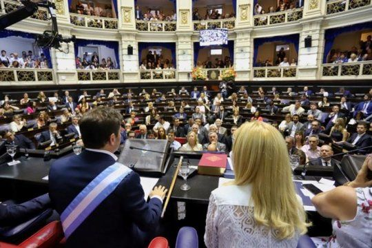la ley de emergencia economica ya rige en la provincia y kicillof prepara varias medidas