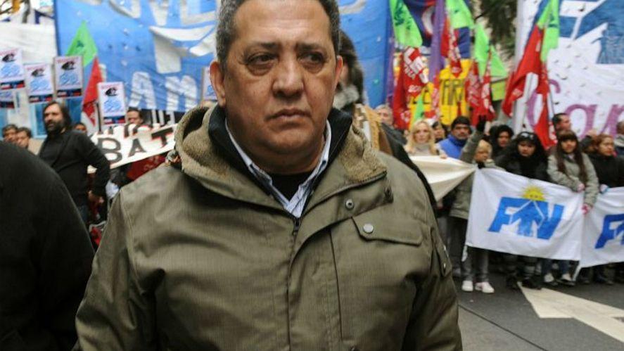 El dirigente Luis DÈlía durante una movilización callejera.