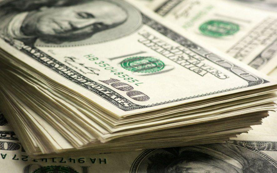 A 48 hs de las elecciones, el dólar se encuentra arriba de los 64 pesos