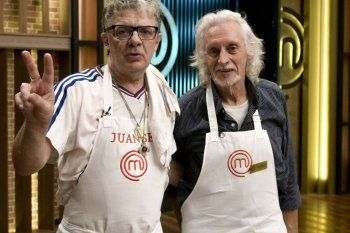 No puedo creer que los he visto cocinar juntos, dijo Germán Martitegui cuando Juanse y Nito Mestre le presentaron su plato.