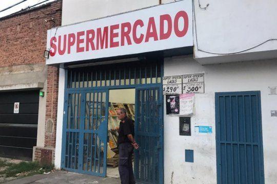 robo pirana en un supermercado chino de tolosa
