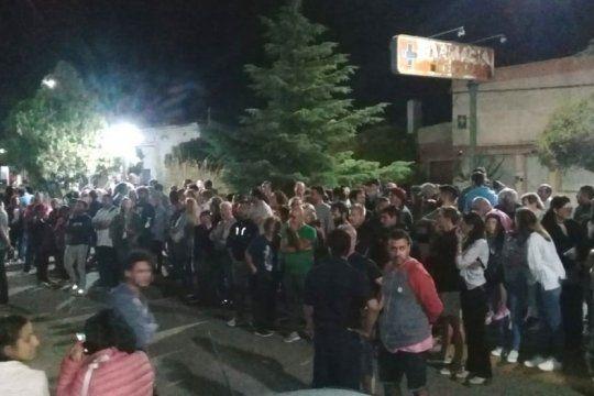 en tornquist, hasta la oposicion marcho contra la detencion de los concejales detenidos