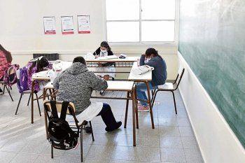 Para algunos gremios docentes, la vuelta a clases en marzo es un engaño