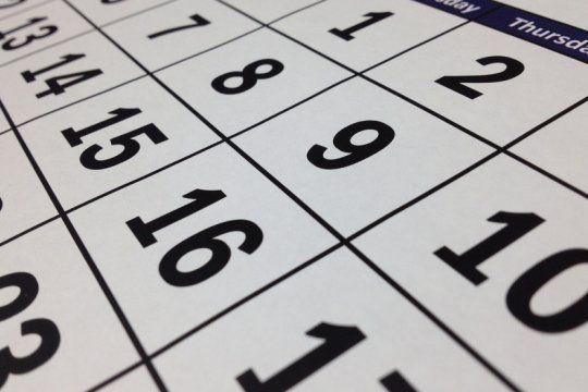 fin de semana largo y feriado doble: ¿por que no se trabaja el lunes 15 ni el sabado 20 de junio?